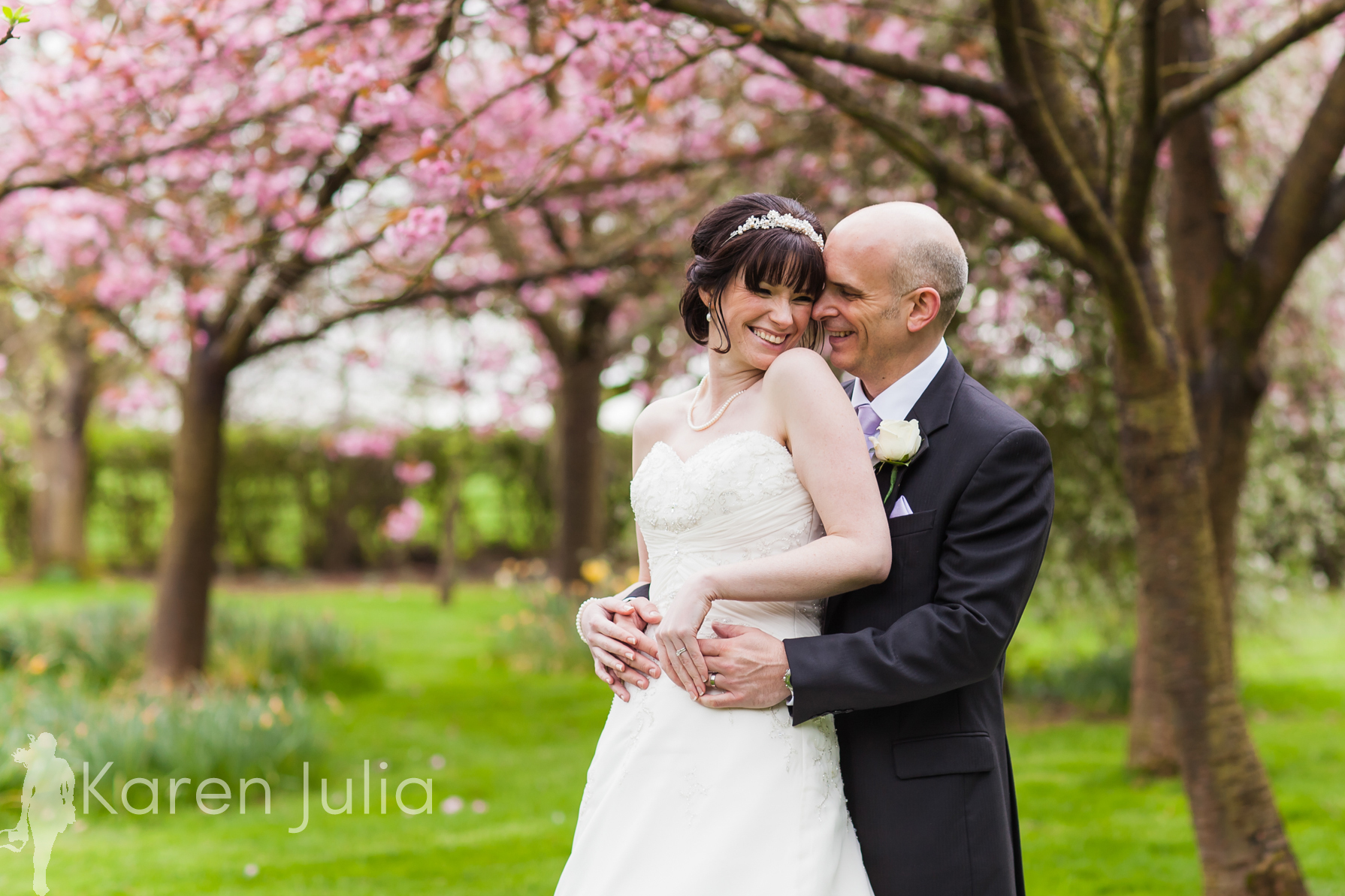 Mere Court Springtime Wedding Photography by Cheshire Wedding Photographer Karen Julia