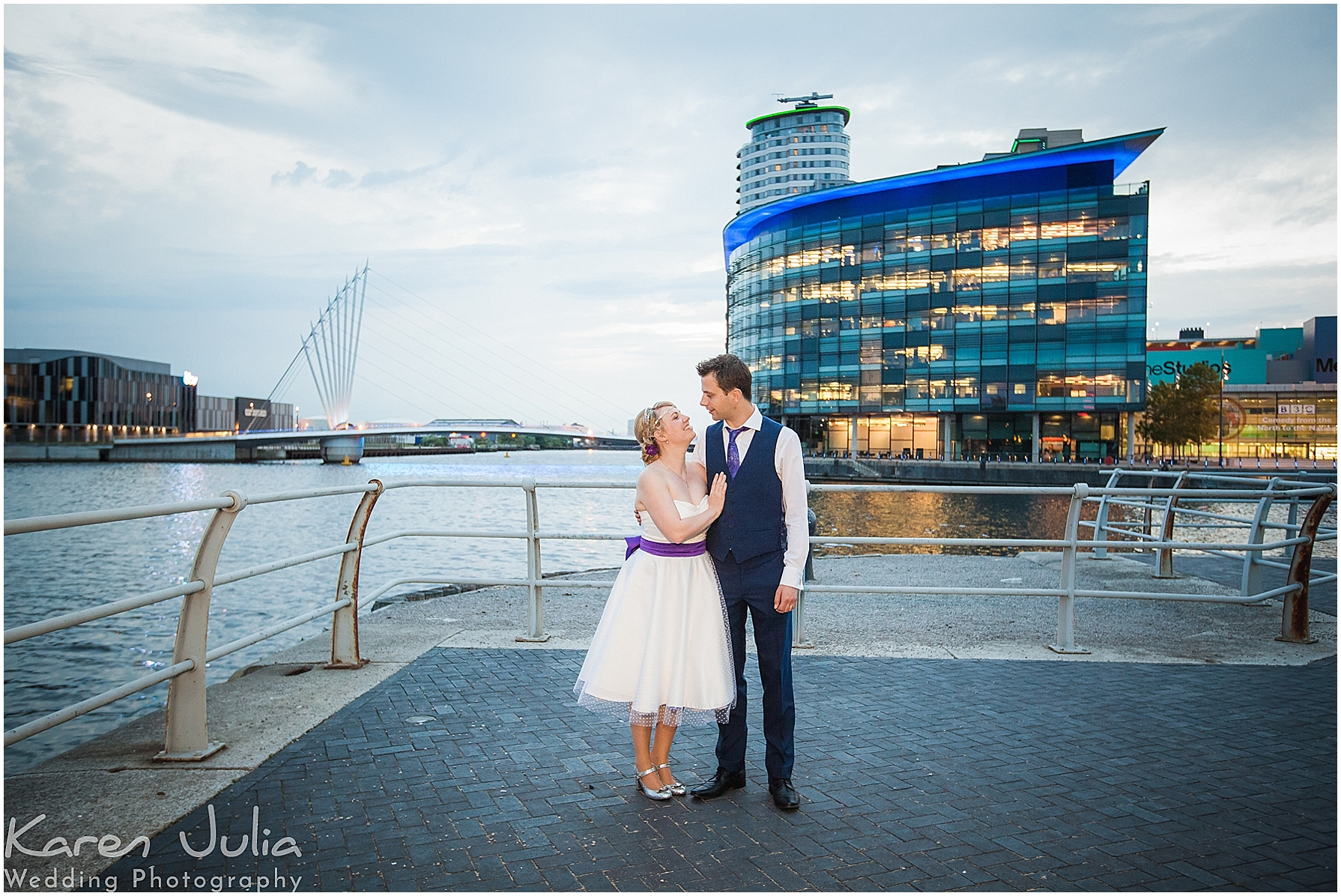 bride and groom portrait lowry theatre t sunset